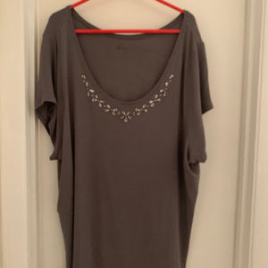 Lane Bryant V-neck blouse size 26-28 sparkles Gray